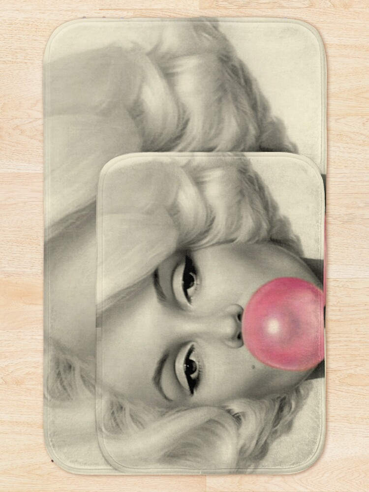 Alternate view of MARILYN MONROE : Bubble Blowing Print Bath Mat