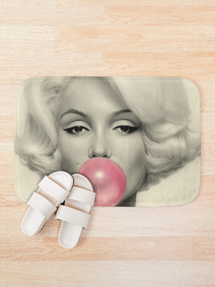 Alternative Ansicht von MARILYN MONROE: Blasengeblasener Druck Badematte