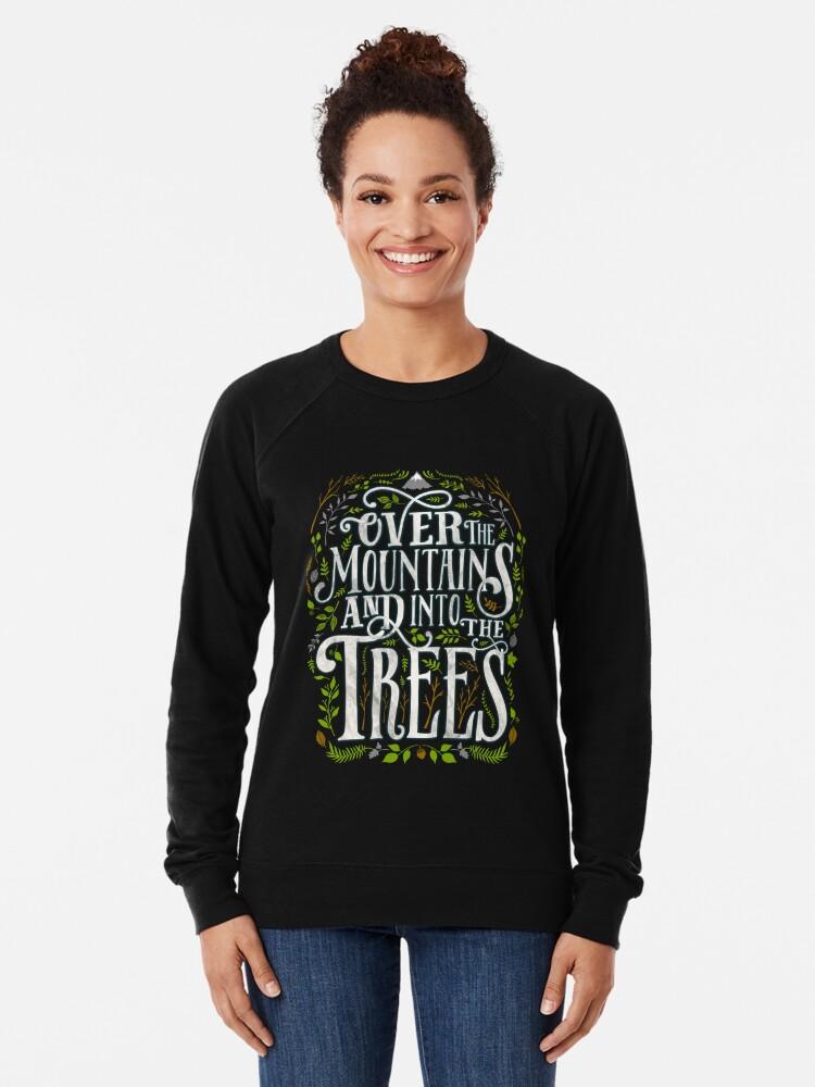 Alternative Ansicht von Über die Berge und in die Bäume Leichter Pullover