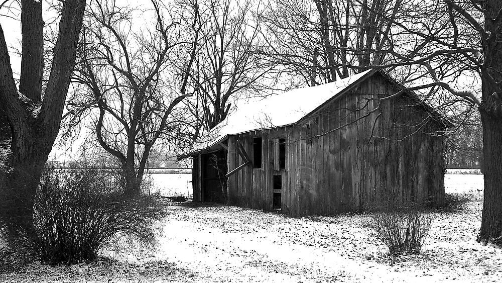 It's quiet in the winter... by Gary  Oertel