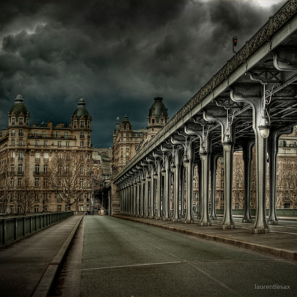 Pont Bir Hakeim, Paris by laurentlesax