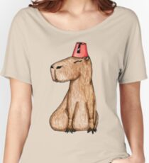Carpincho con Fez Women's Relaxed Fit T-Shirt