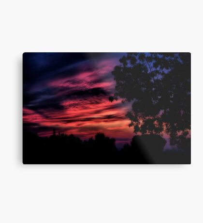 Here comes the night Metal Print