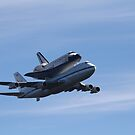 Shuttle Endeavour's USA Farewell Tour by fototakerTony