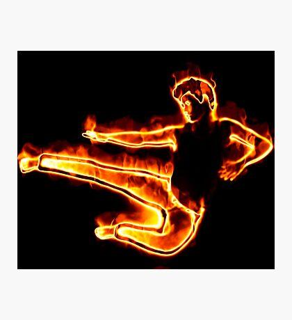 Brennender Mann in einem Sprung Fotodruck