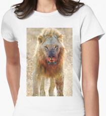 Majingilane - Male Lion - Hyena Intimidation Women's Fitted T-Shirt