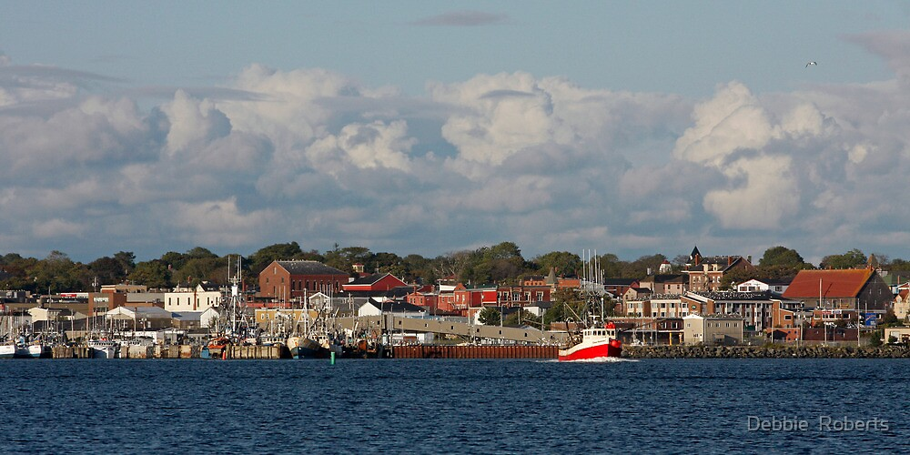 Yarmouth Waterfront by Debbie  Roberts