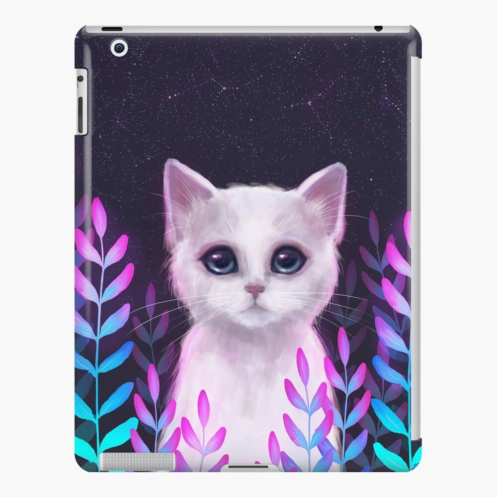 Glowy foliage iPad Case & Skin