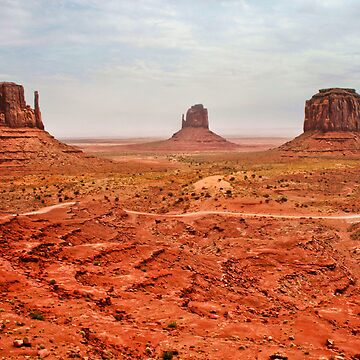 Buttes - Monument Valley by skphotography