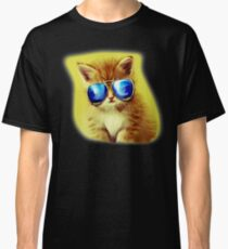 Cute Kitty with Sunglasses Classic T-Shirt
