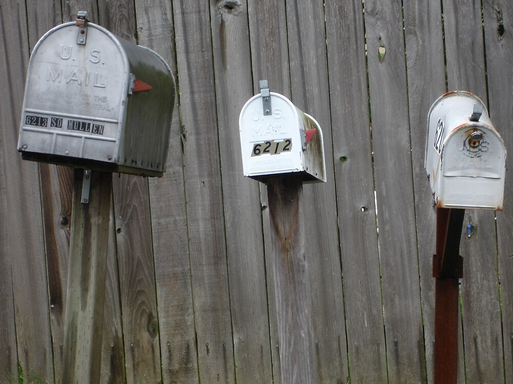 Boycott texting! : the three wating patiently mailboxes.  (Americana series )  by Elizabeth Rodriguez