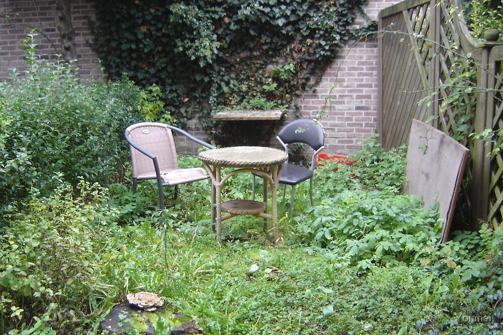 A back garden in Belgium by Yonmei