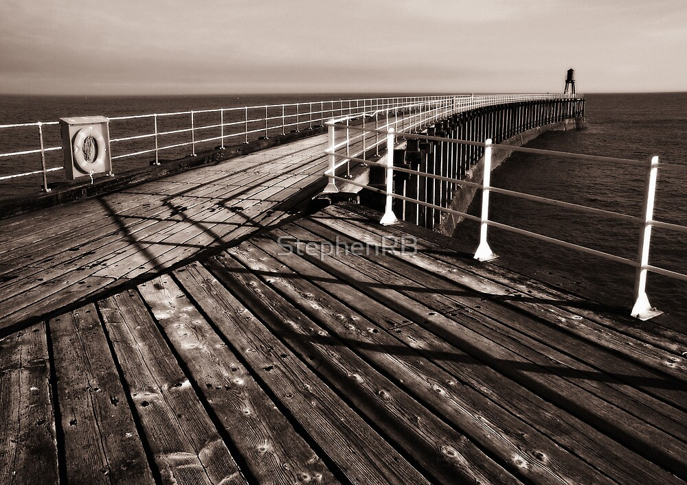 Whitby Pier by StephenRB