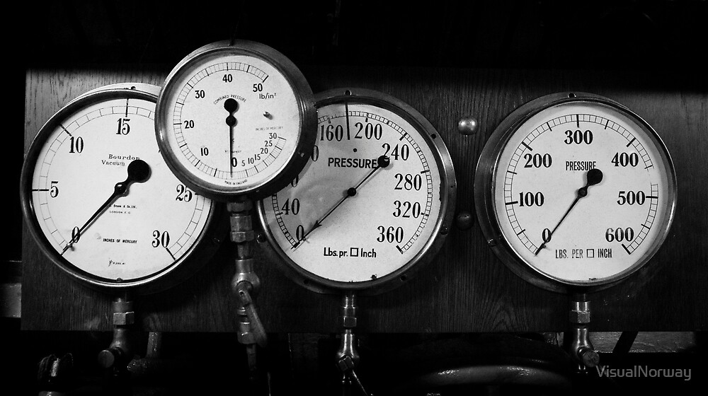 Out of steam - gauges from the steamer Stord by VisualNorway