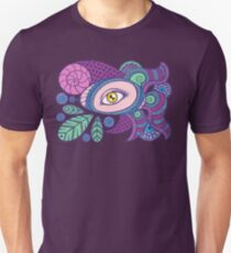 Eye in the shell 04 Unisex T-Shirt