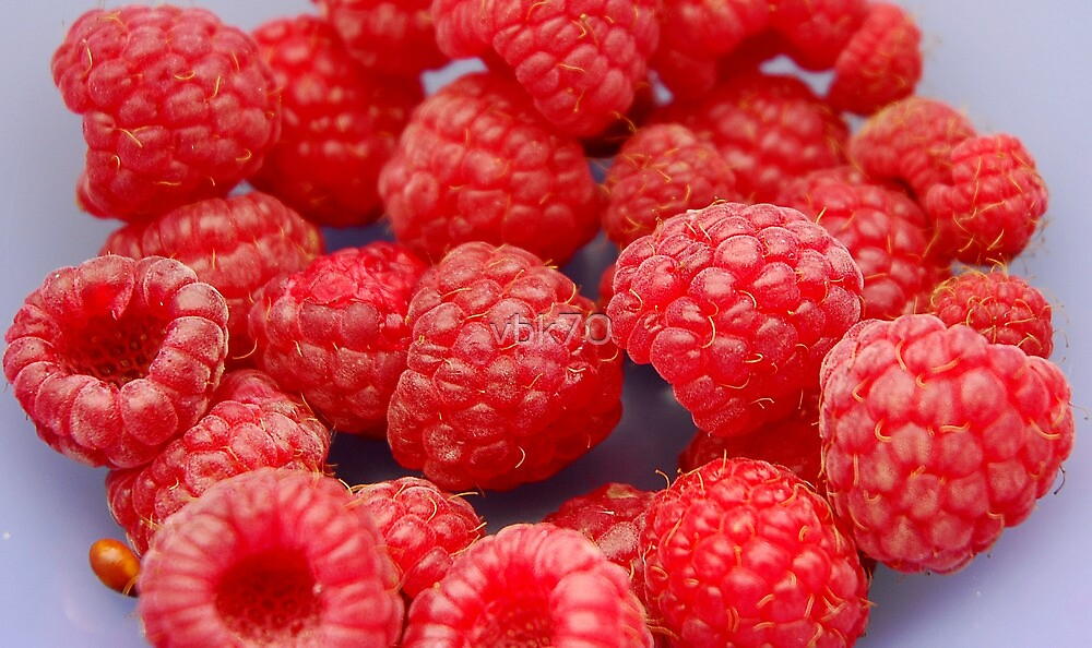 Raspberries by vbk70