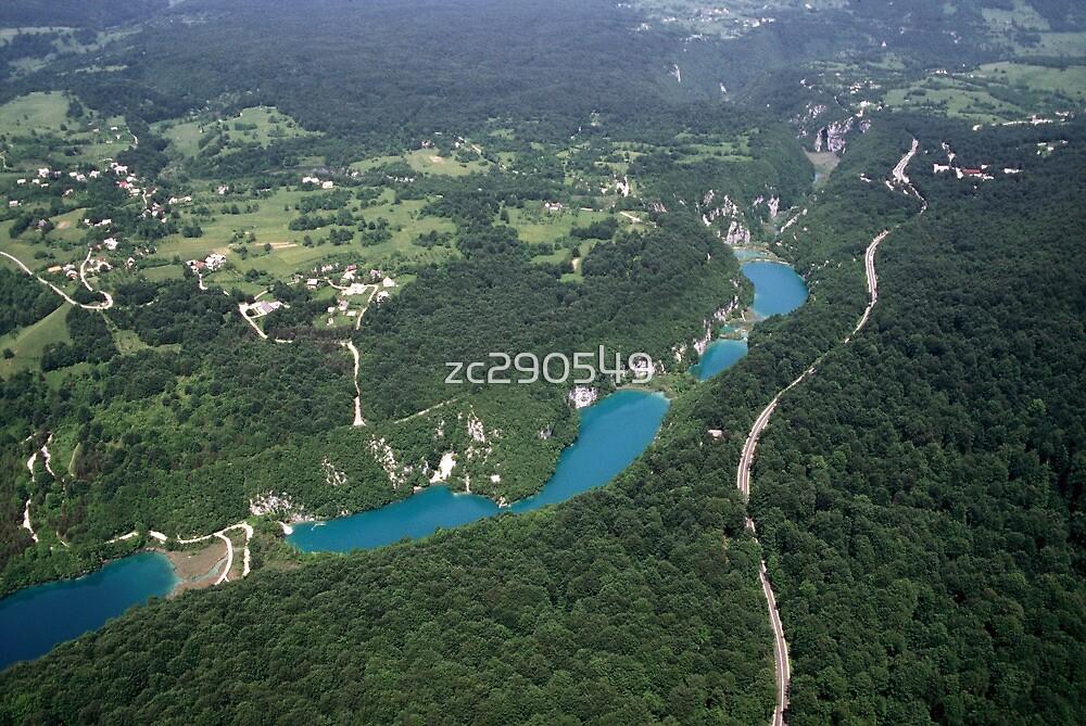 Plitvice Lakes - National Park  Croatia  by zc290549