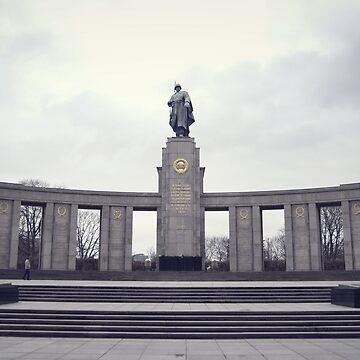 Soviet War Memorial (Tiergarten)  by jaeppe
