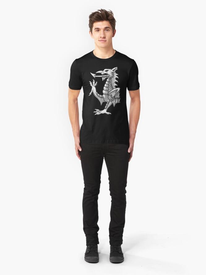 Vista alternativa de Camiseta ajustada Líneas del dragón galés