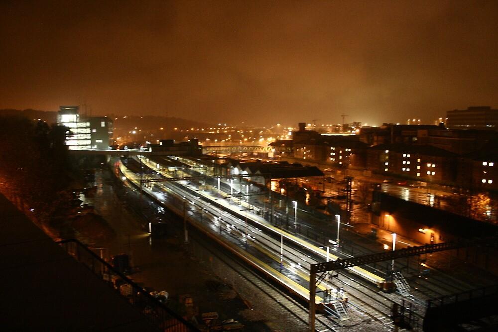 Luton Railway Station - At Night by eabadham