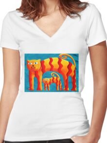 Curved Cats Women's Fitted V-Neck T-Shirt