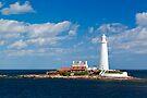 St. Mary's Lighthouse - Northumberland Coast. UK by David Lewins