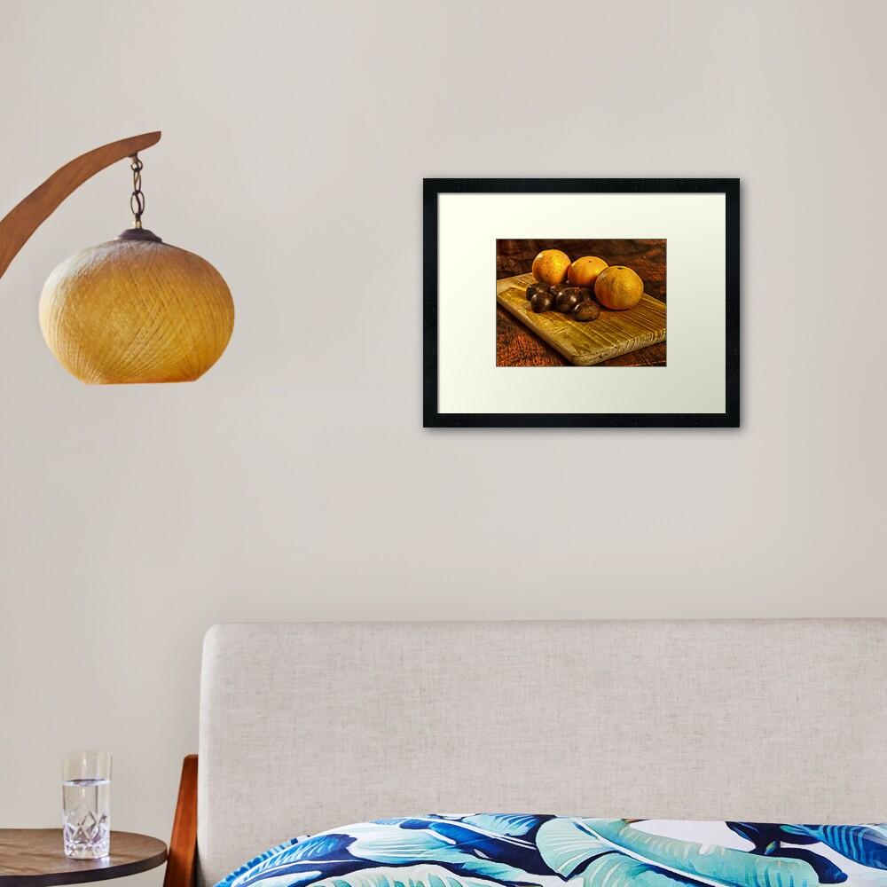 Castagne e mandarini Framed Art Print