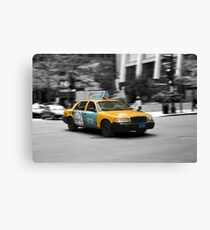 Chicago yellow cab Canvas Print
