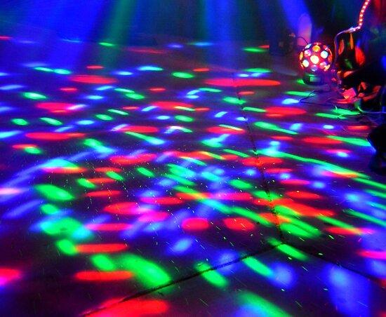 Color Lights in UZA Zombie Attack by uza13