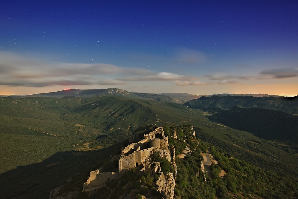 Peyrepertuse in the heart of the night #TerresCathares by Philippe Contal