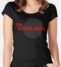 verpassen Atombombe Tailliertes Rundhals-Shirt