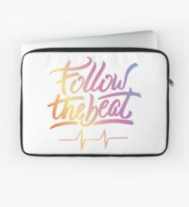 Follow the beat in colors Laptop Sleeve