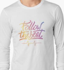 Follow the beat in colors Long Sleeve T-Shirt