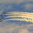 Red Arrows Minus one by naturelover
