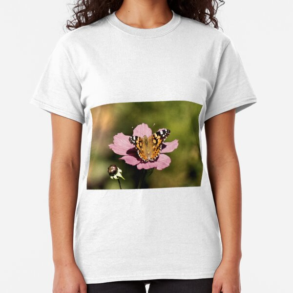 Butterfly on Pink Cosmos Classic T-Shirt