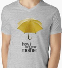 Yellow Umbrella. How I Met Your Mother. T-Shirt
