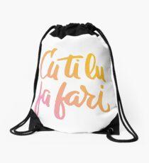 Cu ti lu fa fari - COLOR - #siculigrafia Drawstring Bag