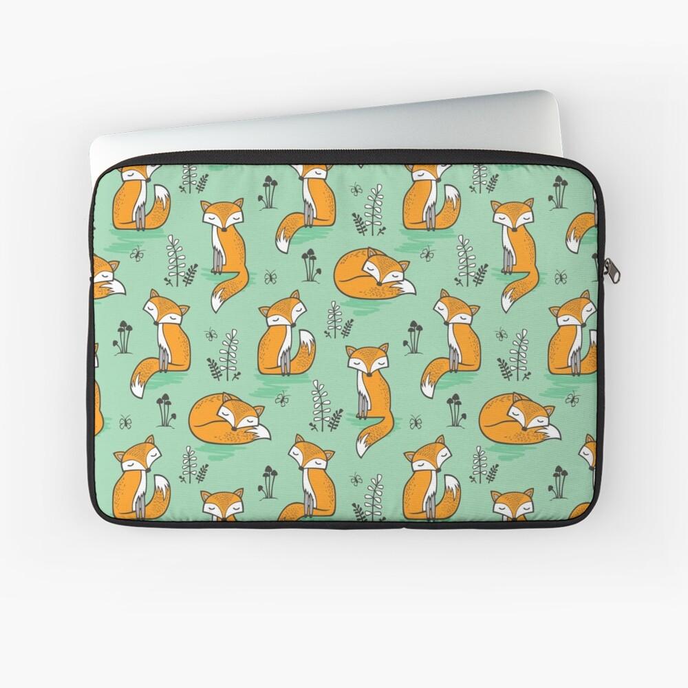 Dreamy Fox in Grün Laptoptasche
