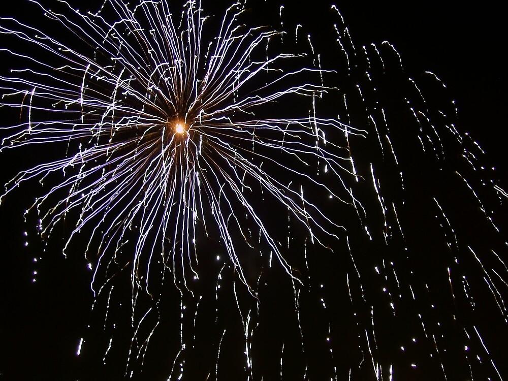 Fireworks 6 by Yvonne Carsley