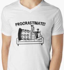 Procrastinate Robot Men's V-Neck T-Shirt