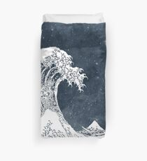 The Great Wave of a Star System Duvet Cover