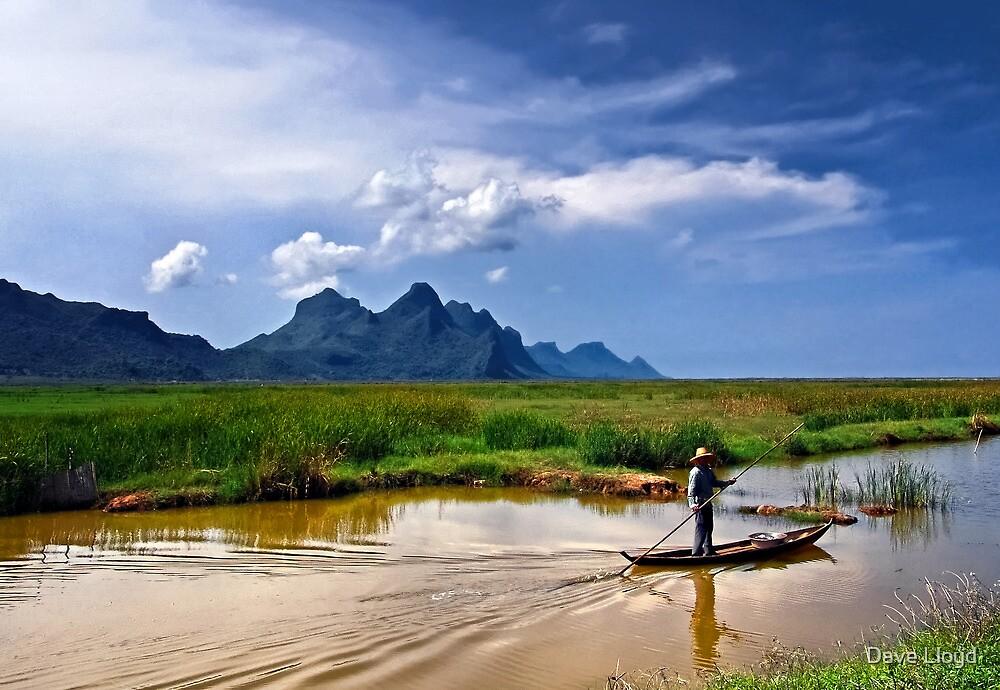 Fishing Punt by Dave Lloyd