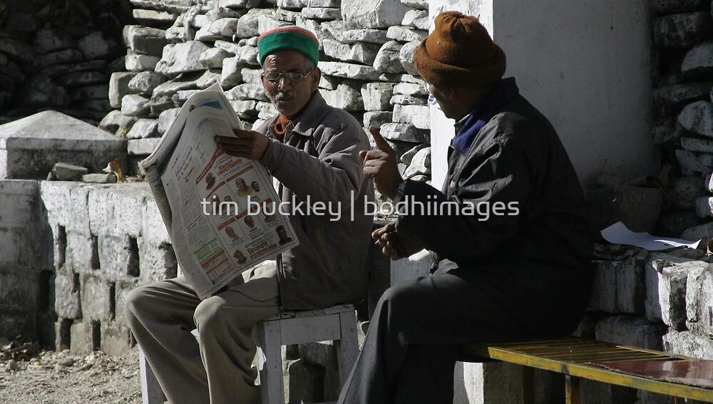 morning debate. northern india by tim buckley | bodhiimages