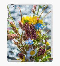 Bouquet in the Bokeh iPad Case/Skin