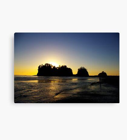 sun setting behind james island, washington, usa Canvas Print