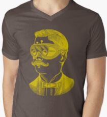 Vintage man in goggles T-Shirt