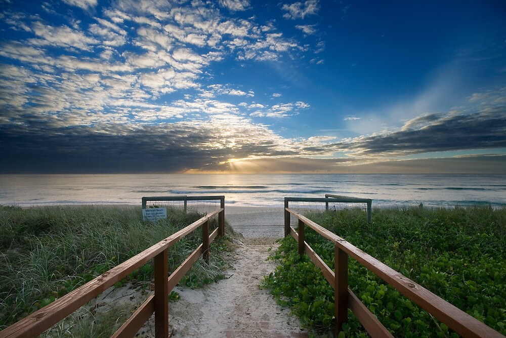 Mermaid Beach | Gold Coast | Australia by Pawel Papis
