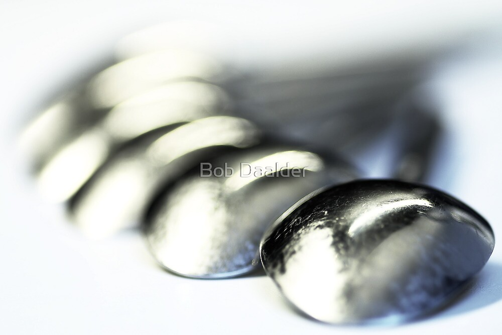 Spoons, full of mirrors by Bob Daalder