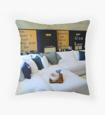A Place to Chill......... Throw Pillow