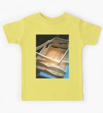 3 FRAMES AND A TRAY Kids Clothes